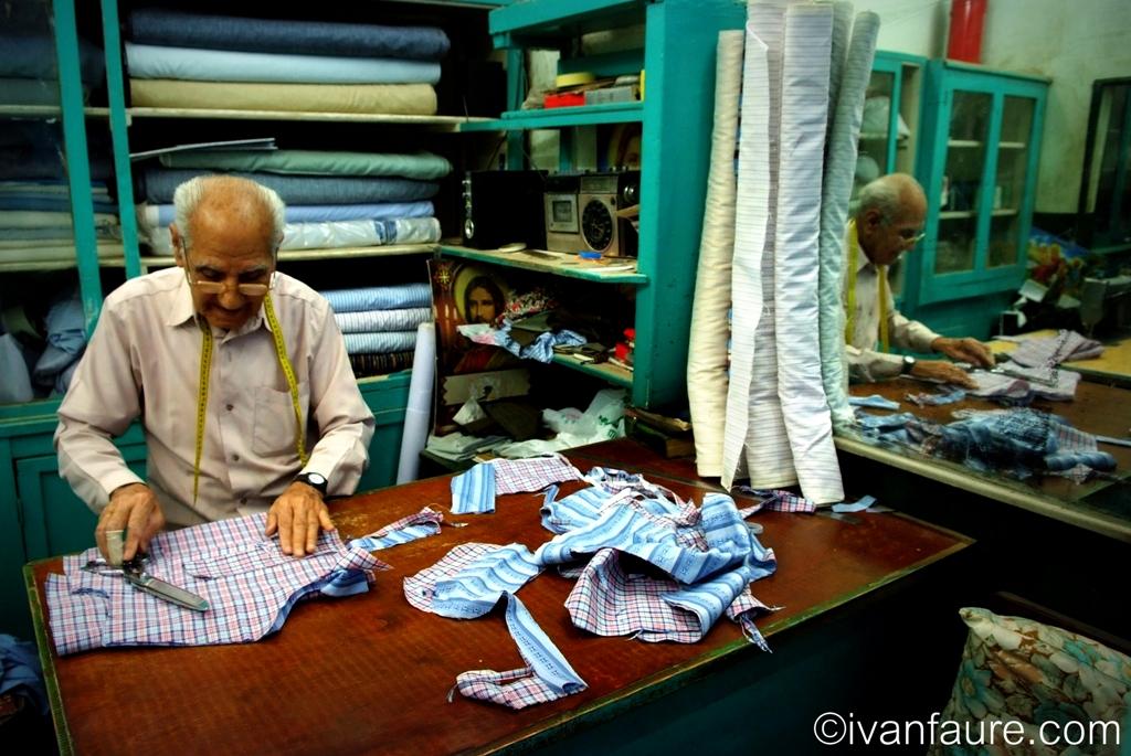 haciendo camisas egipto
