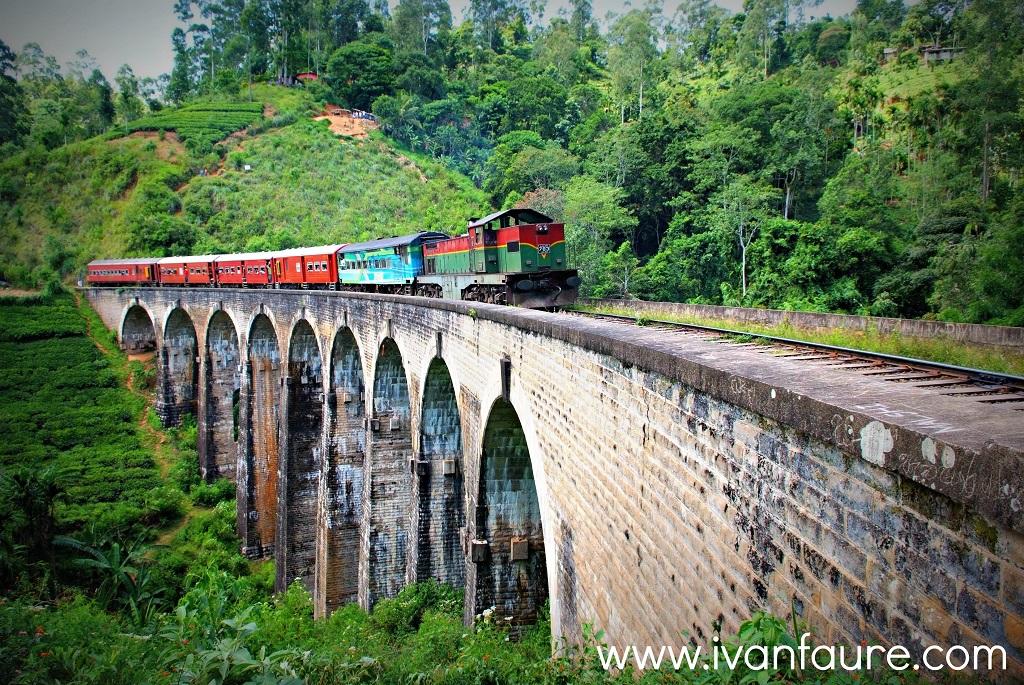 tren en nine archs bridge ella