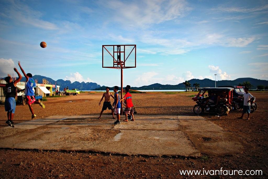 jugar baloncesto en filipinas