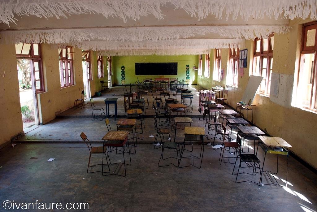 DSCF0042 escuela