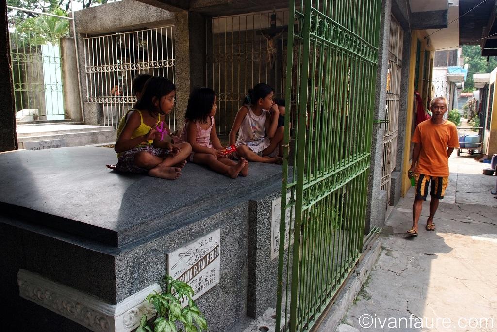 tumbas filipinas