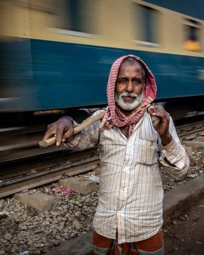 Bangladesh (Slum in the railway) / Bangladesh (Vida junto a la vía del tren)